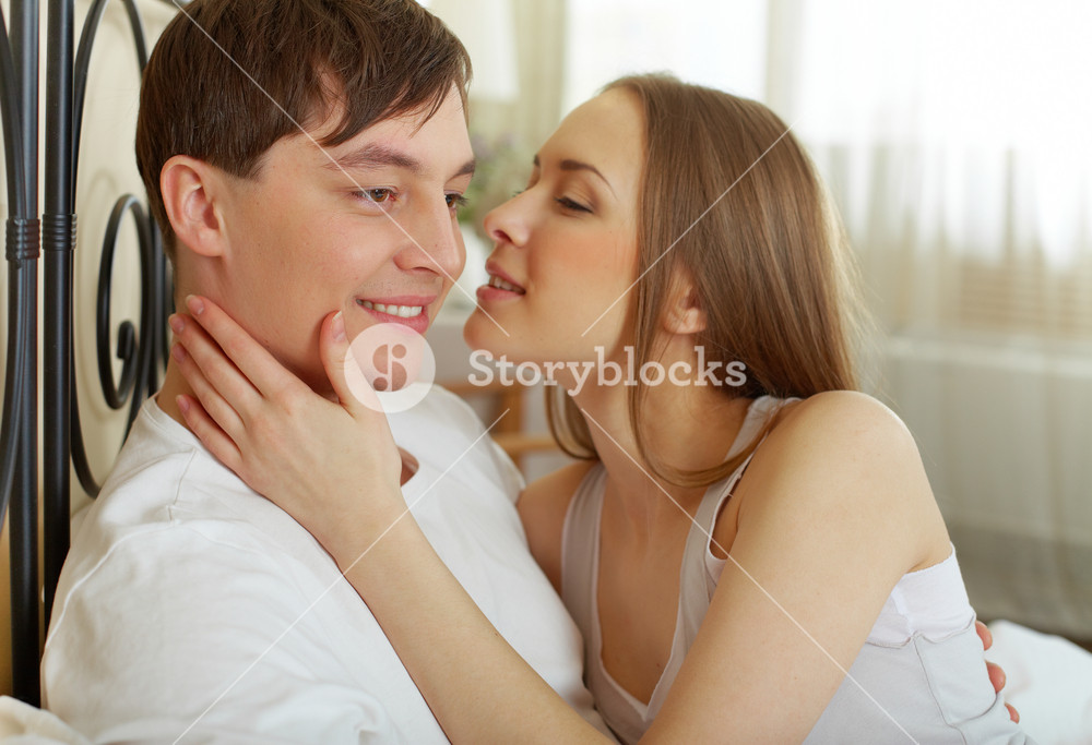 For girl boyfriend looking I am