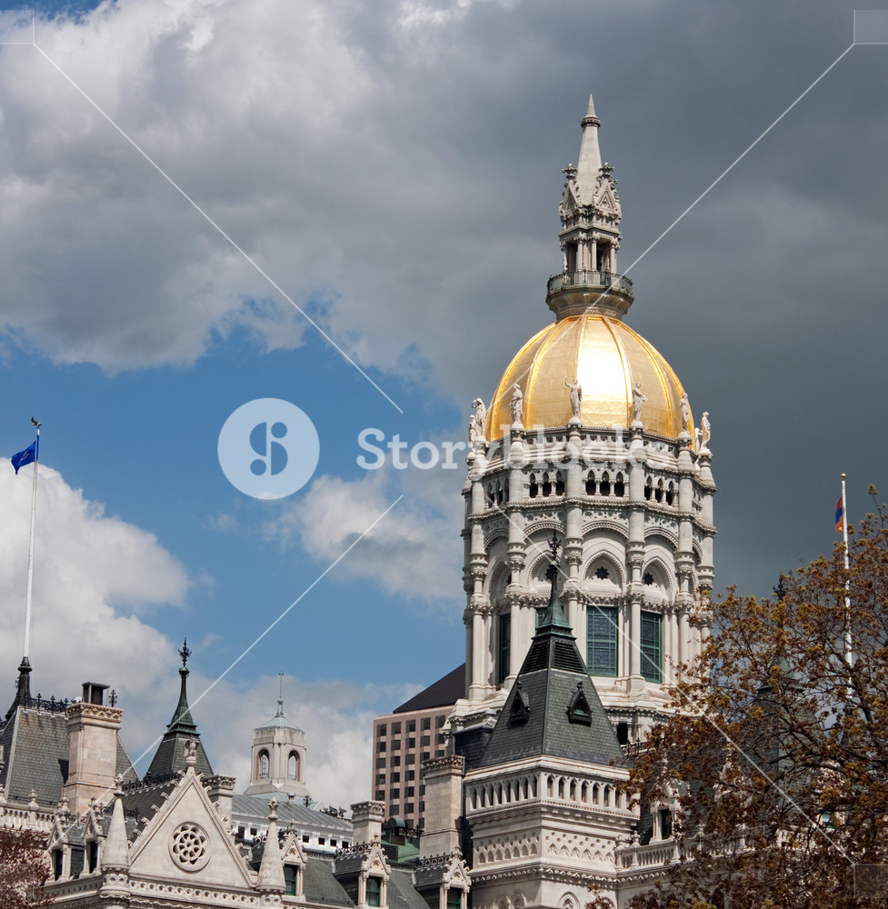 Close up of the golden domed state capitol building in Hartford Connecticut.