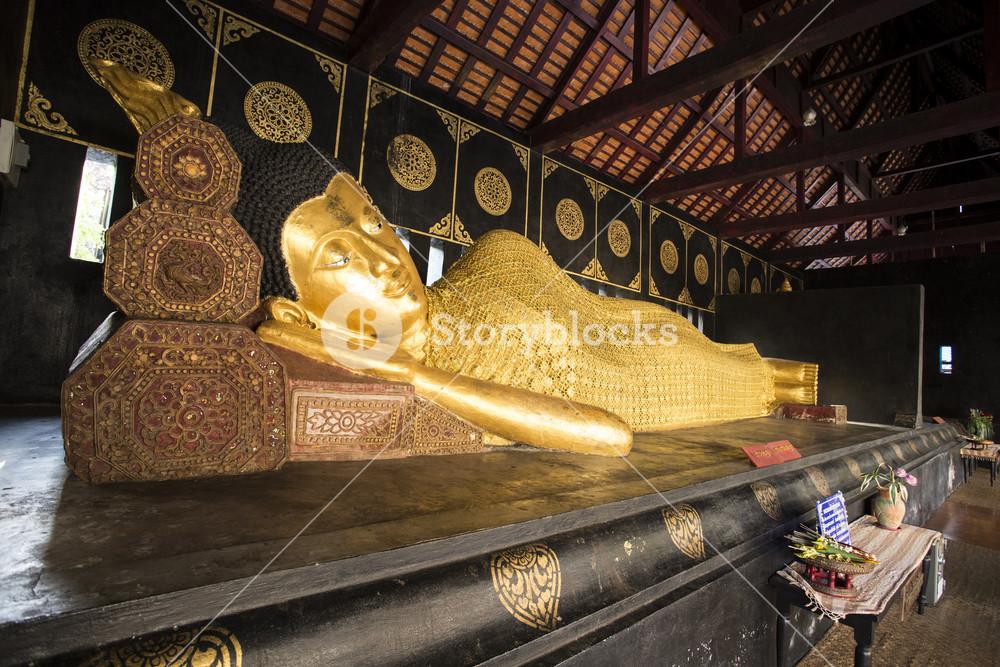 Sleep buddha in Wat Chedi Luang. Chiang Mai