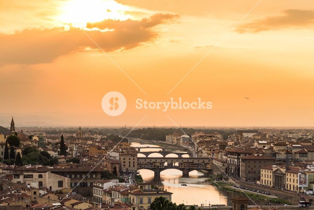 Sunset view of bridge Ponte Vecchio. Florence, Italy