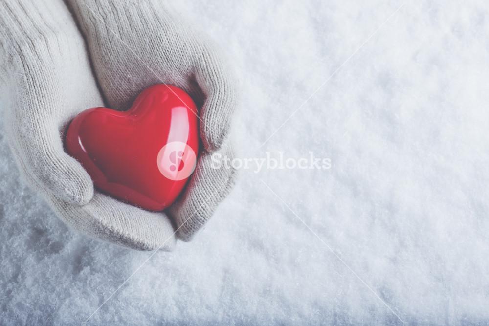 White gloved winter love
